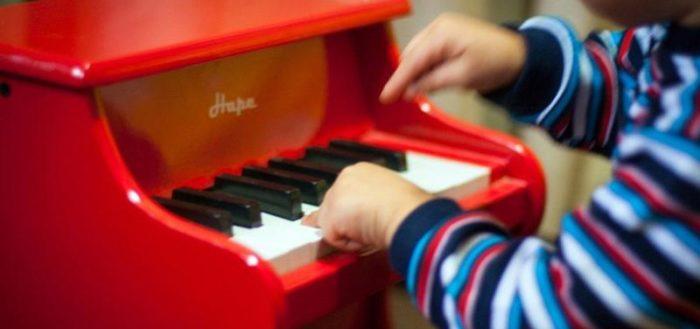 Как сделать пианино для детского сада 78