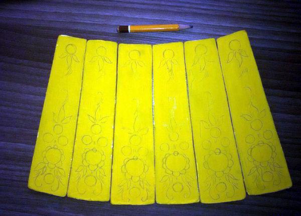Карандашный набросок орнамента на заготовках