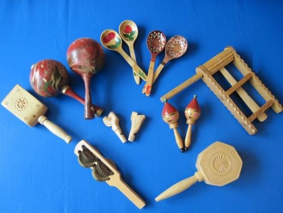 Музыкальные инструменты (ложки, трещотки)