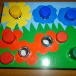 Игра с крышками «Поляна»