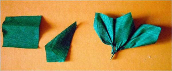 Зелёный квадратик и примеры листочков из бумаги