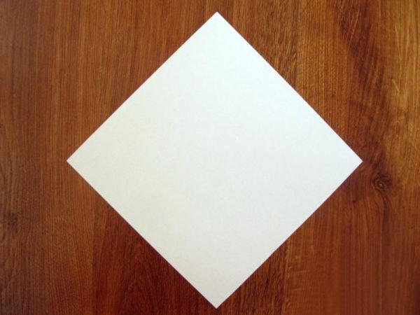 Ромб из бумаги