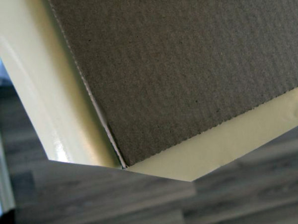 Картонная основа со срезанным углом