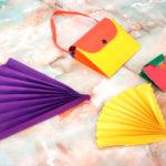 Сумочки и веера, сделанные из яркой бумаги