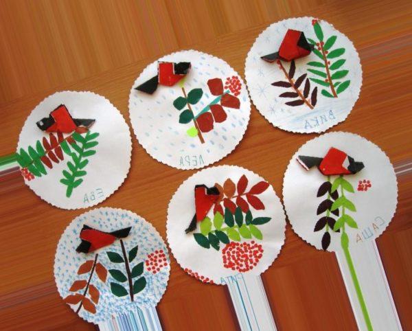 Детские поделки из бумаги с изображением снегиря и веточек