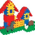 Два домика из конструктора-пазла