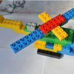 Модель вертолёта из конструктора LEGO