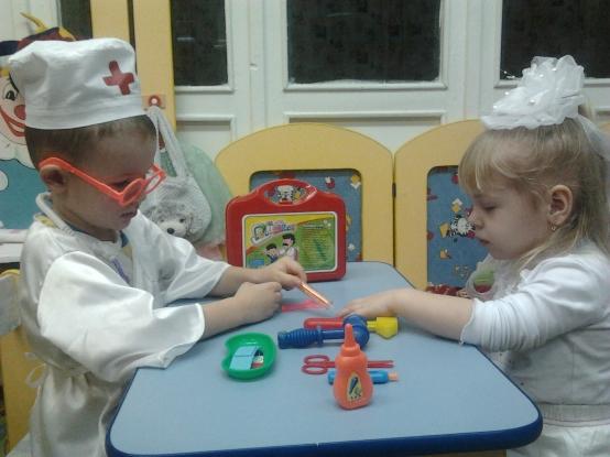 игра в доктора младшая группа