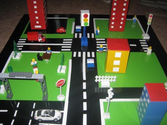 Макет улицы с пешеходными переходами