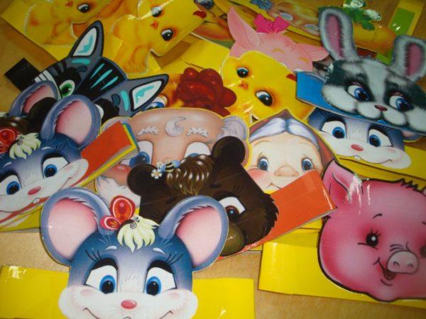 Маски с изображением поросёнка, мышек, зайца, волка, бабки