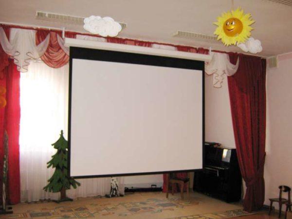 Мультимедийное оборудование в музыкальном зале ДОУ