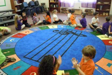 Музыкальные игры помогут дошкольникам усвоить певческие, ритмические и прочие навыки  и сделают пребывание в детском саду ещё более увлекательным