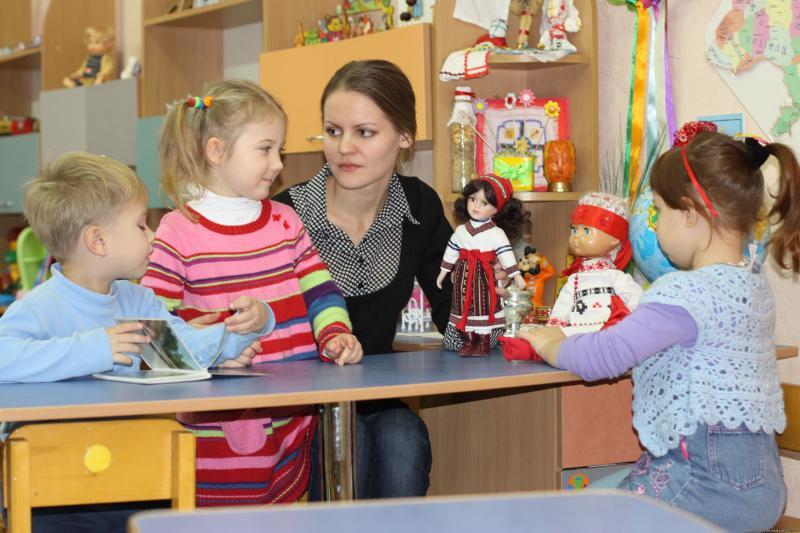 Уголки различных видов активности являются местом организации совместной с педагогом и самостоятельной деятельности