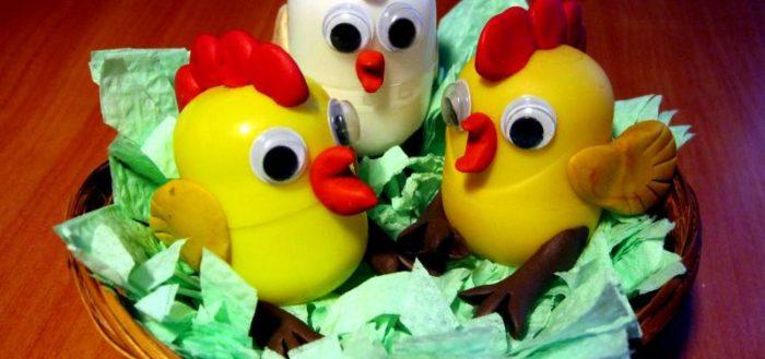 Цыплята из контейнеров от киндер-сюрпризов