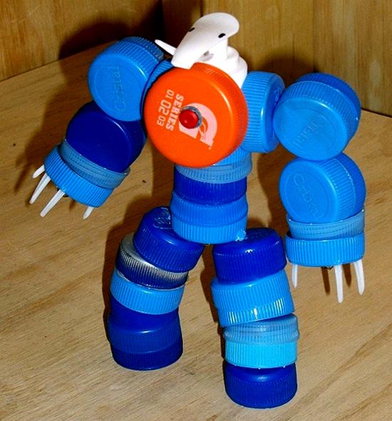 Игрушки из бросового материала своими руками для детей в детский сад 19