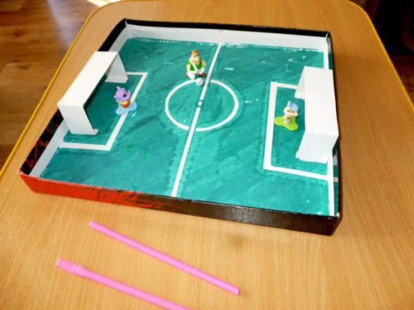 Самодельный настольный футбол