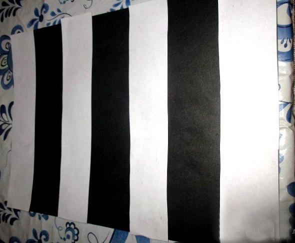 Зебра из полосок бумаги