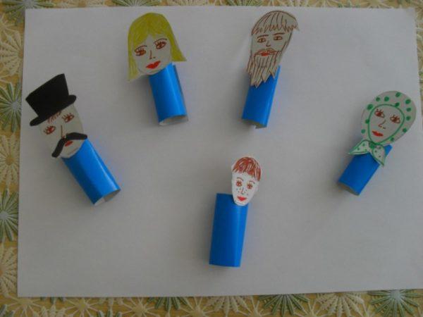 Персонажи из бумаги для пальчиковой игры