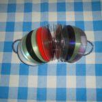 Шумелка-трещотка из компакт-дисков