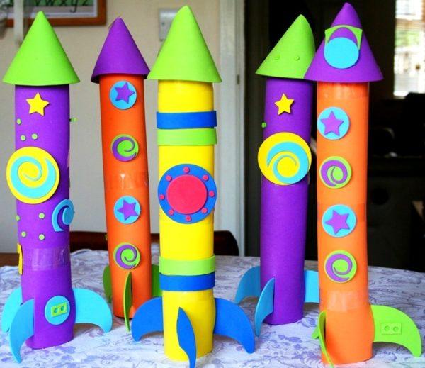 Поделки ракет из цветной бумаги