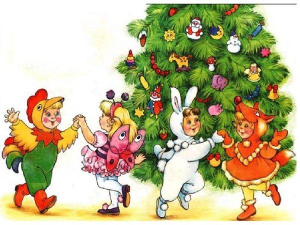 Дети в костюмах животных танцуют около ёлки