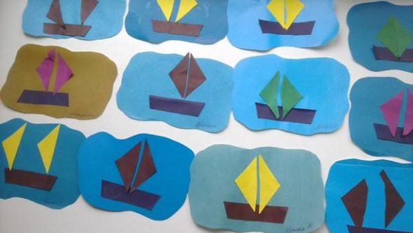 Аппликации на необычной основе — синего, голубого, коричневого цвета и волнистыми краями