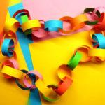 Колечки из цветной бумаги