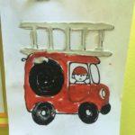 Пожарная машина на белом фоне