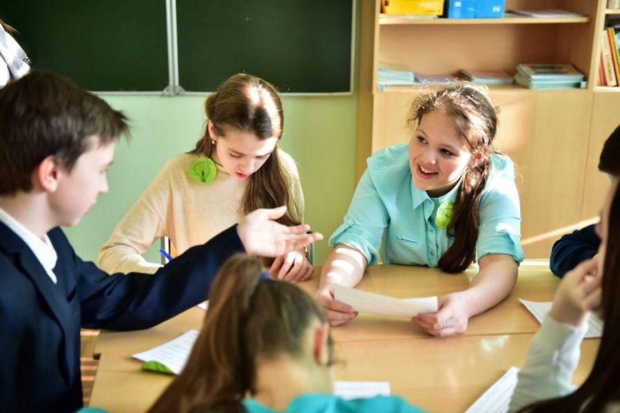 картинки разговаривающих учеников рутина, газетные