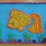 Рыбка и водоросли из пластилина
