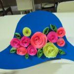 Шляпа с цветами в квиллинге