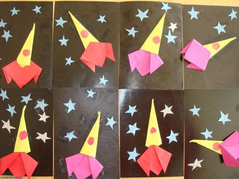 Аппликация с оригами Ракета
