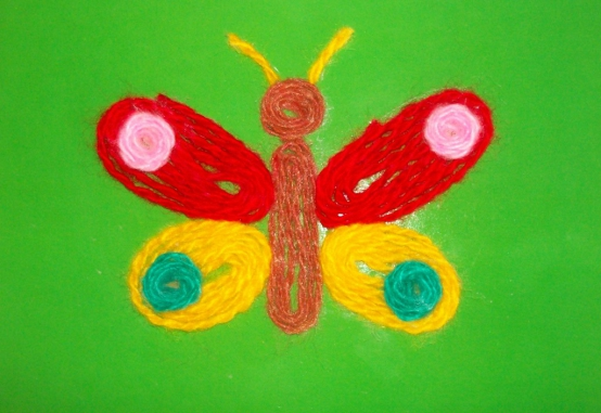 Бабочка в технике ниткографии
