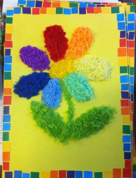 Цветик-семицветик из нарезанной пряжи
