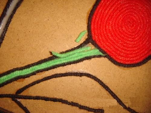 Черенки заполняются зелёными нитками