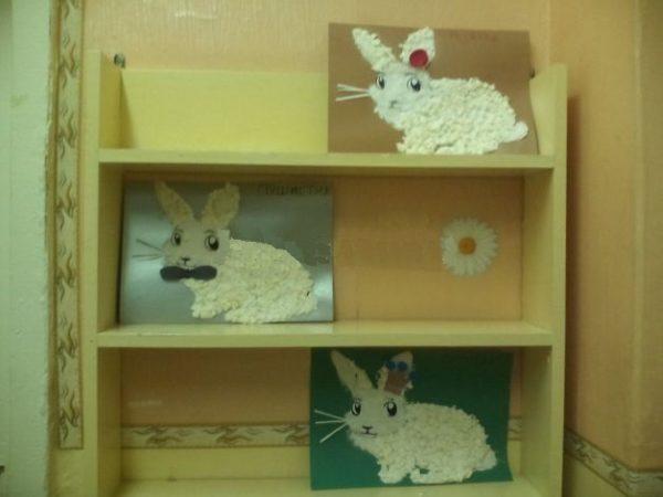 Готовые работы — кролики с усами и декоративными элементами