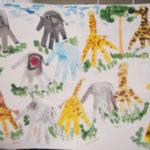 Жирафы и слоны в ладошковой технике