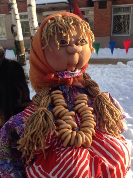 Кукла-Масленица с реалистичным лицом, этап 10