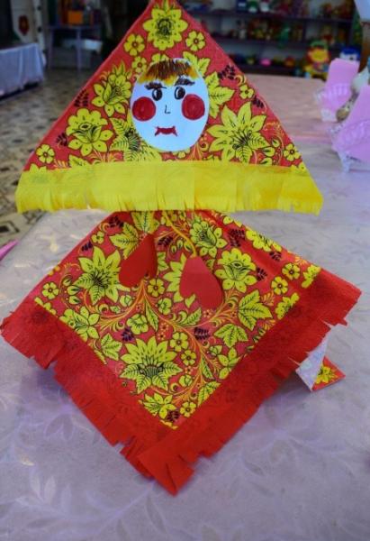 Готовая кукла-Масленица из салфеток