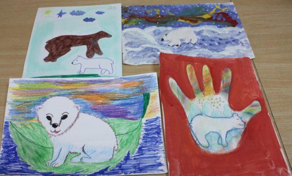 Выставка рисунков медведей