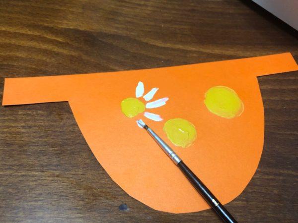Фартук с цветочным узором, этап 3