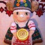 Вязаная кукла-Масленица с блинами