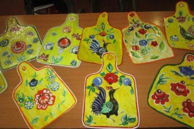 Городецкая роспись поможет дошкольникам проникнутся красотой и самобытностью русского декоративно-прикладного искусства