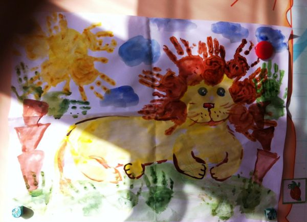 Лев с гривой в ладошковой технике