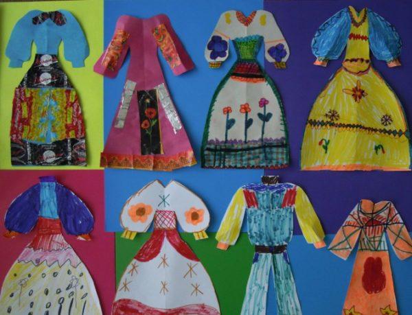 Выставка платьев с разным декором