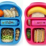 Голубой и розовый пластиковые контейнеры с едой