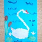 Лебедь на озере рисование тычком