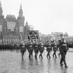 2-й Белорусский фронт проходит по Красной площади во время парада Победы в июне 1945 г