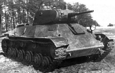 Чёрно-белое фото танка