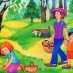 Мама с мальчиком и девочкой собирают грибы, девочка собирает землянику